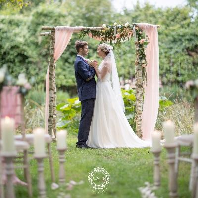Gloucestershire-based real wedding photographer Nikki Kirk unveils Wedding Pledge Day