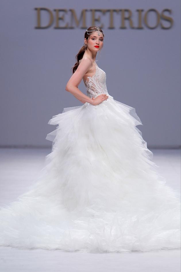 Glamour girl: Image 1