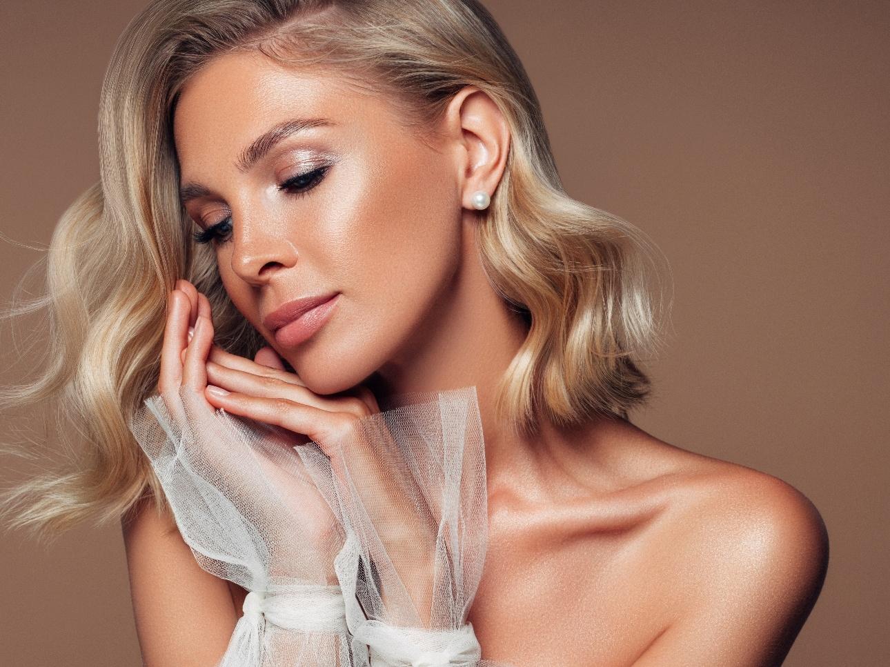 We chat to award-winning make-up artist Natasha Louise about winter beauty