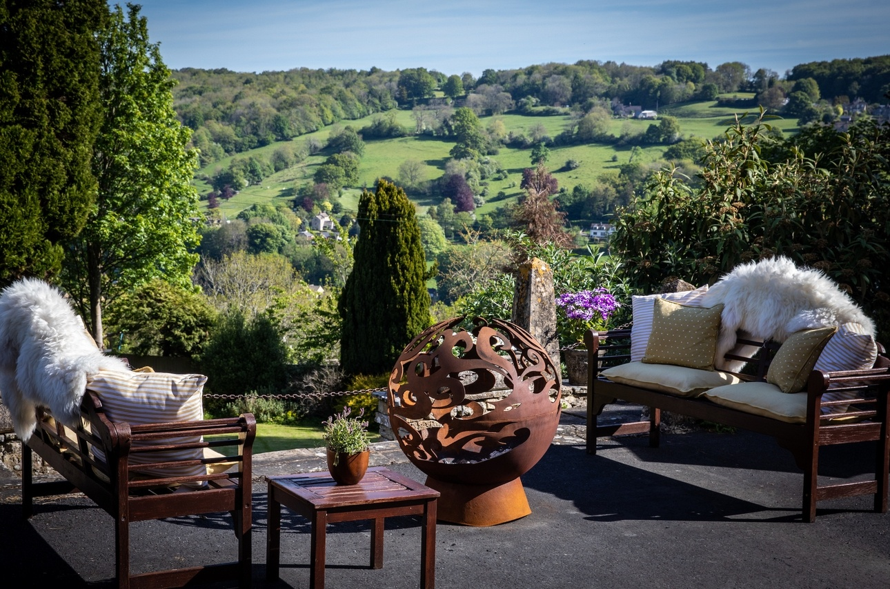 New Stroud-based wedding venue opens for celebrations and staycations
