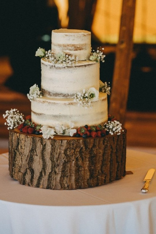 Cotswolds-based Anna Baker Cakes reveals latest designs